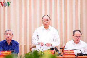 Thủ tướng: Phải cùng 'xắn tay áo' đưa TPHCM sánh ngang các TP ở châu Á