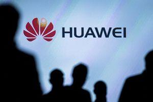 Tin tức 'không vui' liên tiếp bủa vây Tập đoàn Huawei