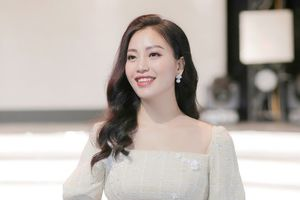 Sao mai Huyền Trang ra mắt phim ca nhạc 'Mẹ là điều tuyệt vời nhất'