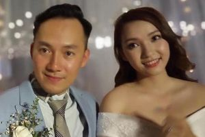 Đinh Tiến Đạt đọc rap tặng vợ trong lễ cưới ở Sài Gòn