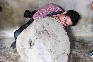 Phát hiện tù và bằng đá nặng 200kg trên thảo nguyên Bùi Hui, Quảng Ngãi