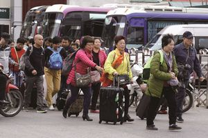 Lo ngại khách 'độc tôn' giảm tái hiện vòng xoay 'du lịch chết, thành phố ma'