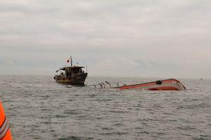 Bình Thuận: Tàu cá chìm trên biển, 2 ngư dẫn mất tích