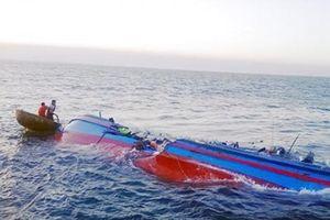 Tàu cá chìm tại vùng biển Bình Thuận, 2 cha con mất tích