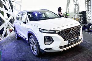 Giá lăn bánh xe Hyundai SantaFe 2019 tại Việt Nam