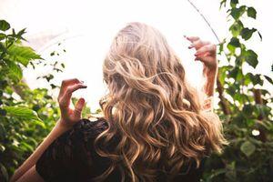 Những giải pháp hiệu quả để 'xử lý' tóc bết bệt khó chịu