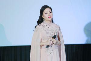 Xúc động tình mẫu tử trong phim ca nhạc của Sao Mai Huyền Trang