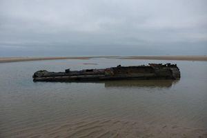 Phát hiện xác tàu ngầm Đức trên bãi biển Pháp sau hơn 100 năm