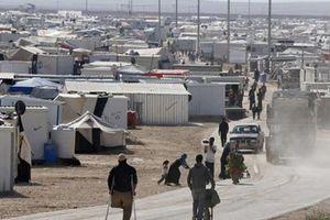 Vì đói, người phụ nữ tự thiêu mình và con tại trại tị nạn Syria