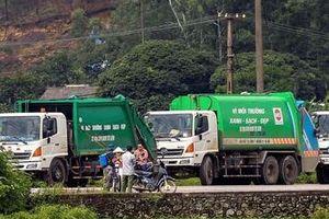 Người dân dừng chặn, mở lối cho xe vào bãi rác Nam Sơn