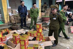 Thu giữ 200 kg pháo lậu từ Trung Quốc tuồn về Việt Nam