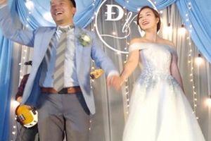 Tiến Đạt đọc rap tặng vợ 9x tại lễ cưới ở Sài Gòn