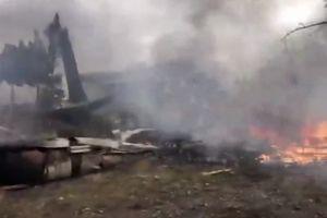 Máy bay quân sự Iran rơi, 15 người thiệt mạng