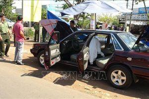 Xe ô tô của Phó phòng Pháp chế Chi cục Kiểm lâm Bình Phước nghi bị đặt mìn tự chế