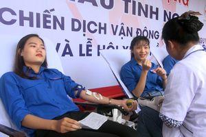 Phú Yên: Hơn 2.000 người tham gia hiến máu tình nguyện