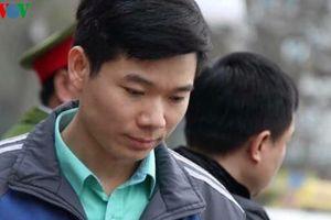Hoàng Công Lương có mặt ở phiên tòa, xử vụ chạy thận tại Hòa Bình