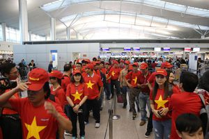 Doanh nghiệp Việt Nam thuê máy bay riêng chở CĐV sang UAE cổ vũ đội tuyển tại Asian Cup 2019
