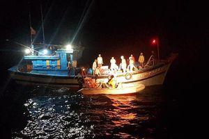 2 tàu chìm trên biển Vũng Tàu, 11 người mất tích