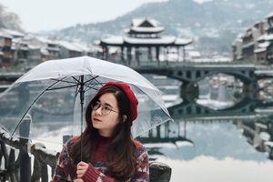 Phượng Hoàng cổ trấn đẹp lung linh trong hình check-in của 9X Việt