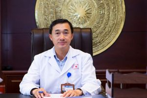 'Muốn ung thư tự chết chỉ cần kiêng thịt, sữa': Lý giải của Giám đốc Bệnh viện K