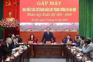 Lãnh đạo TP Hà Nội gặp mặt đại biểu các cơ quan báo chí
