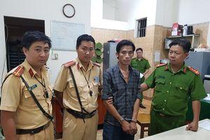 CSGT đuổi bắt kẻ trộm xe máy của người phụ nữ ở Sài Gòn