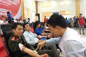 Thượng úy công an Lào Cai 9 lần hiến máu tình nguyện