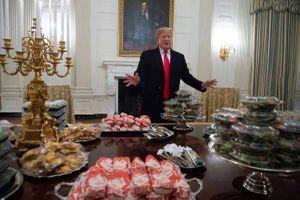 Chính phủ đóng cửa, ông Trump tự bỏ tiền đãi khách