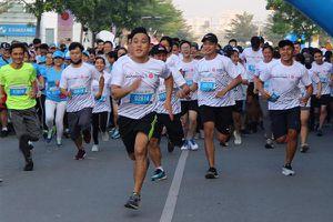 VĐV 23 tuổi chết trên đường chạy: Chuyên gia lý giải chạy như nào để an toàn