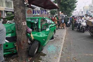 Tài xế taxi Mai Linh gây tai nạn liên hoàn trên phố