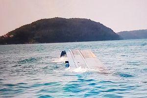 Cuộc giải cứu nghẹt thở đưa tài công thoát chết sau 37 giờ chìm sà lan