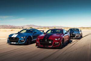 Ford trình làng Mustang Shelby GT 500, không khác gì siêu xe