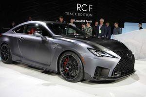 Lexus RC F Track Edition 2020 cũng được công bố tại Detroit - nhẹ hơn và mạnh hơn