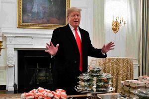 Chính phủ đóng cửa, Tổng thống Trump mời khách đồ ăn nhanh
