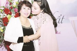 Sao Mai Huyền Trang làm gì khiến NSND Thanh Hoa thấy mình 'có lỗi'?