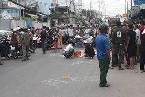 Xe máy va chạm xe chở rác, 2 thanh niên tử vong thương tâm
