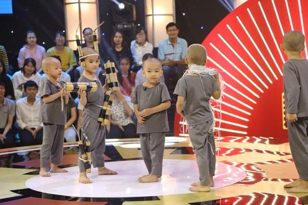5 chú tiểu nhóm Bồng Lai có ẵm 150 triệu trong đêm Gala 2?
