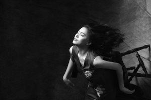 Hoa hậu Ngọc Khánh làm nàng thơ quyến rũ của Tăng Thanh Hà