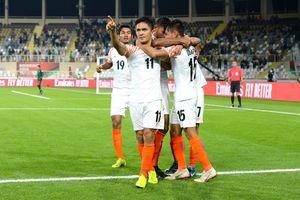 Bị loại ở Asian Cup 2019, tuyển Ấn Độ vẫn được tôn vinh như người hùng