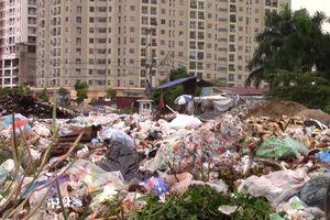 Người dân ngưng 'phong tỏa', bãi rác Nam Sơn tiếp nhận gần 9.000 tấn rác trong 24h qua