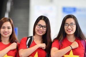 Gần 250 CĐV vượt hơn 5.300 Km sang UAE tiếp lửa đội tuyển Việt Nam