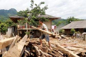 Hỗ trợ các gia đình thiệt hại do mưa lũ hồi cuối năm ở Bình Định