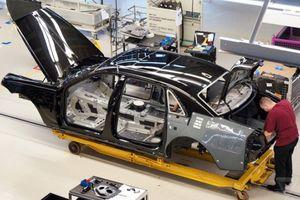 Việc sản xuất xe Rolls-Royce có thể bị 'tê liệt' do ảnh hưởng bởi Brexit