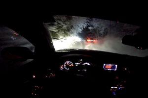 BMW M4 và Audi RS4 'thể hiện' khả năng lái trên đường núi tuyết
