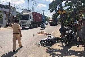 Va chạm với 'hung thần' container, tài xế xe máy thiệt mạng
