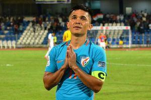 Đội trưởng Ấn Độ lên tiếng về tương lai sau thất bại tại Asian Cup