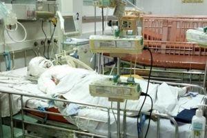 Cận Tết, báo động tình trạng trẻ em bị phỏng thương tâm