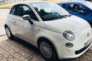 'Soi' xe Fiat 500 giá chỉ hơn 400 triệu tại Hà Nội