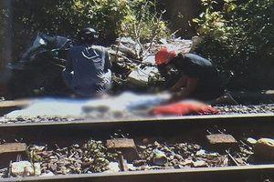Nghi án cô gái trẻ lao vào tàu hỏa tự tử
