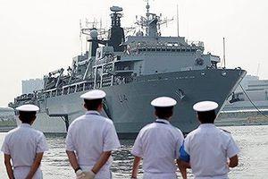 Mỹ, Anh lần đầu tập trận chung ở biển Đông